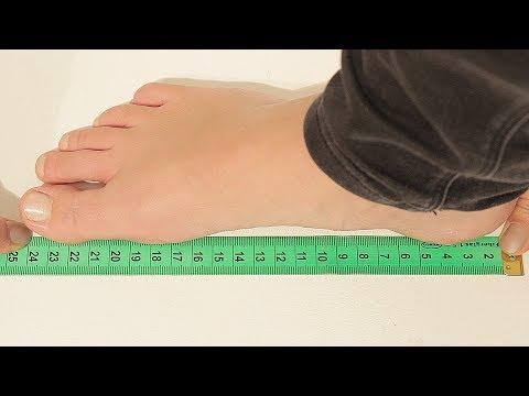 So messen Sie Ihren Fuß richtig aus