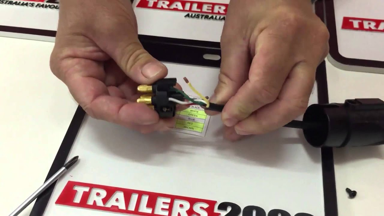 how to wire a 7 pin large round trailer plug [ 1280 x 720 Pixel ]