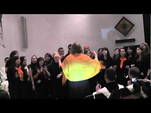 Saltrom Gospel Choir_I will Lift up My hands.avi