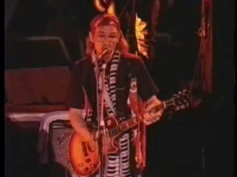 27- Joe Walsh, Joe Satriani, Steve Vai & Brian May - Rocky Mountain Way -  Live At Sevilla 1991