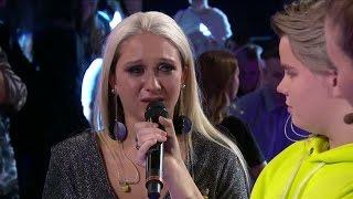 Rebeckas tårar efter kvällens resultat - Idol Sverige (TV4)