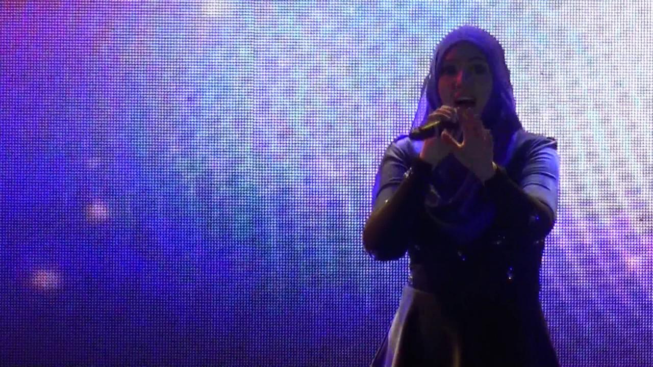 茜拉想你的夜视频_[1080p] Shila Amzah 茜拉 - 想你的夜 Xiang Ni De Ye@MAHA2016 - YouTube