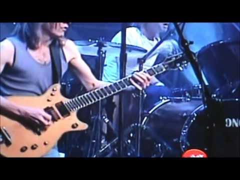 AC/DC - Stiff Upper Lip (Live SNL 2000)