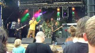 JaH6 Zwarte Cross 2010 - De Glimlach Van Een Kind