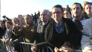 NICOLAS SARKOZY INSULTE UN FRANCAIS CASSE TOI PAUVRE CON