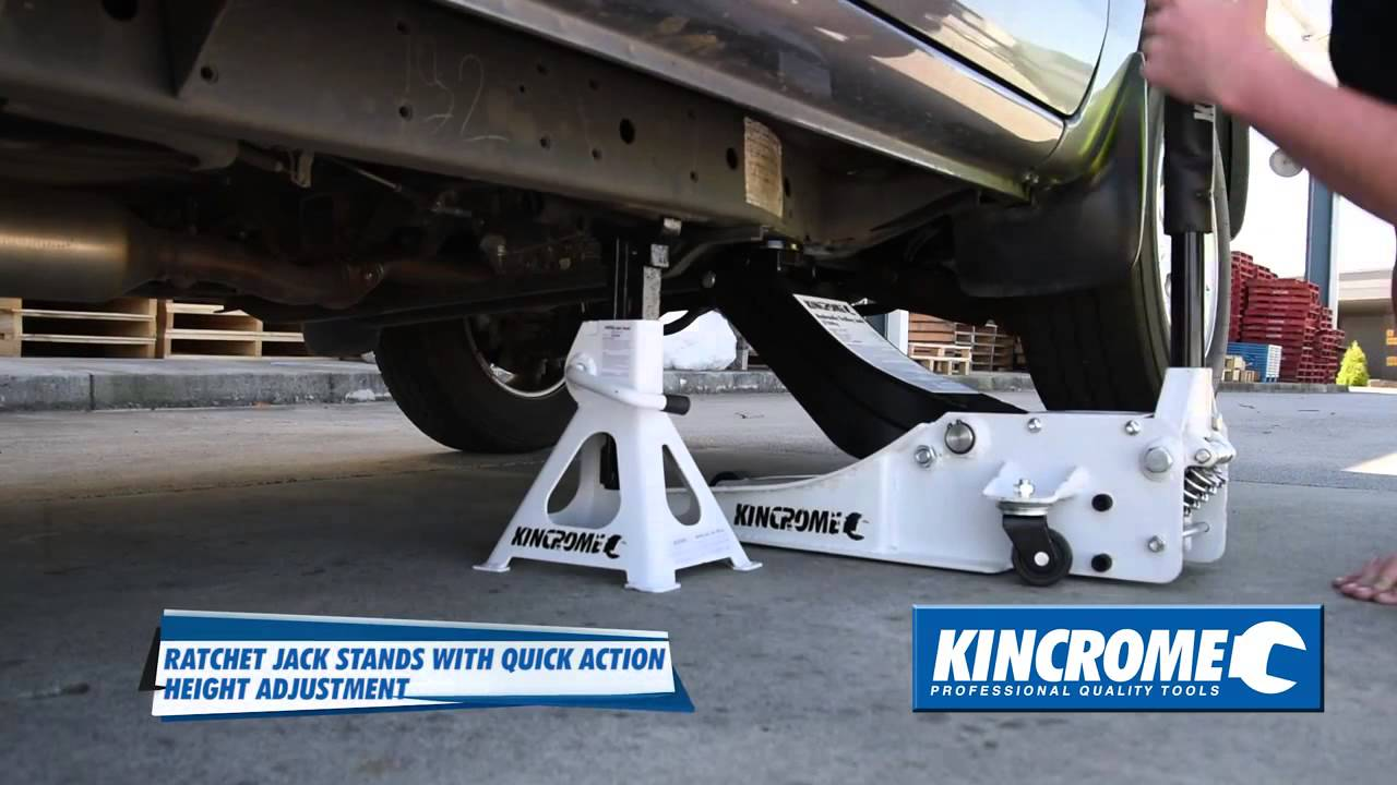 Kincrome White Trolley Floor Jack And Ratcheting Jack