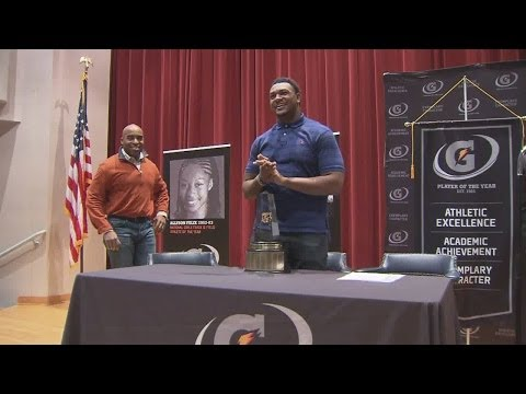 Andrew Brown Named Gatorade Player of the Year