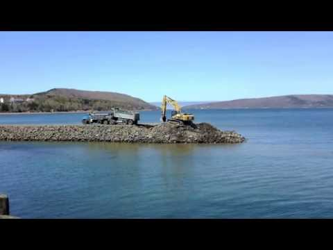 Building a protective breakwater