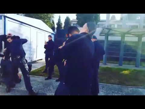 Mannequin challenge Police Academy