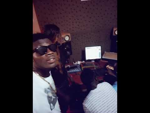 See Music Artist BellyQ in studio working on dropping a new song titled Jeremiah.