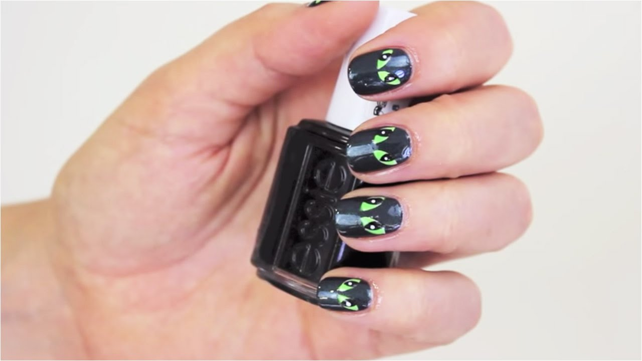Halloween Nails - Evil Eye Tutorial | feelunique.com - YouTube