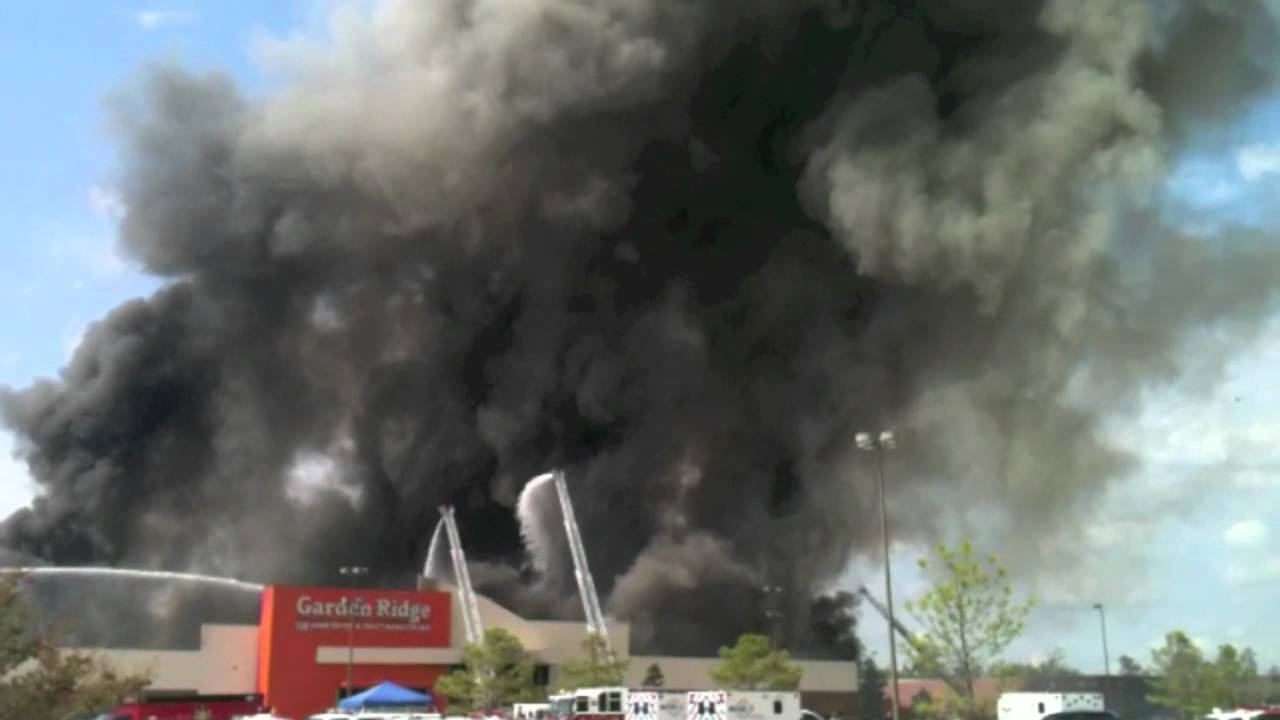 Attrayant Garden Ridge Catches On Fire In The Woodlands