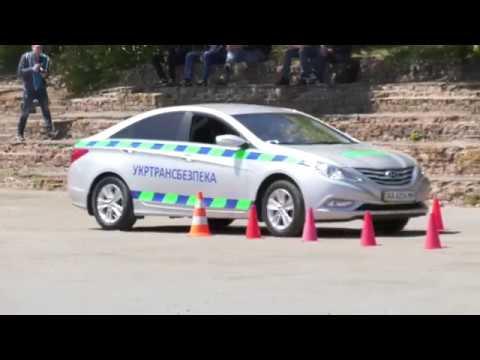 Телеканал Ексклюзив: У Хмельницькому визначили кращого водія