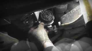 Замена масляного фильтра Toyota Corolla