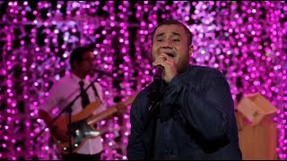 Mike Mohede - Sahabat Jadi Cinta (Zigaz Cover) (Live at Music Everywhere) * *