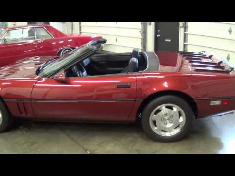 1988 CORVETTE CONVERTIBLE CHEVY C4 - HOW TO PUT THE TOP DOWN ON A C4 CORVETTE - DROP THE TOP OFF