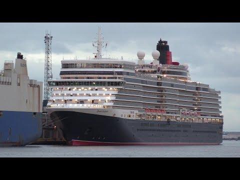 Cunard Queen Elizabeth Departure To Australia With Fireworks Display 3/11/19