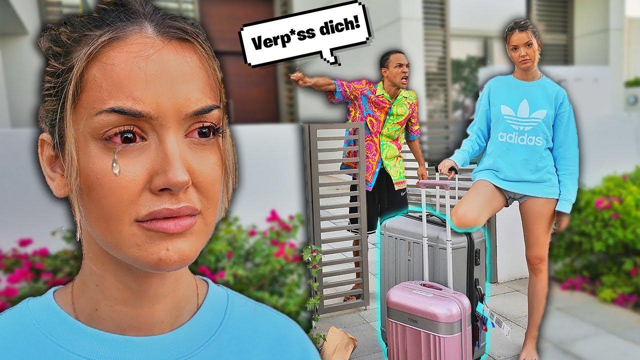 FREUNDIN aus der VILLA schmeissen PRANK!! **sie weint fast** MyTub.uz