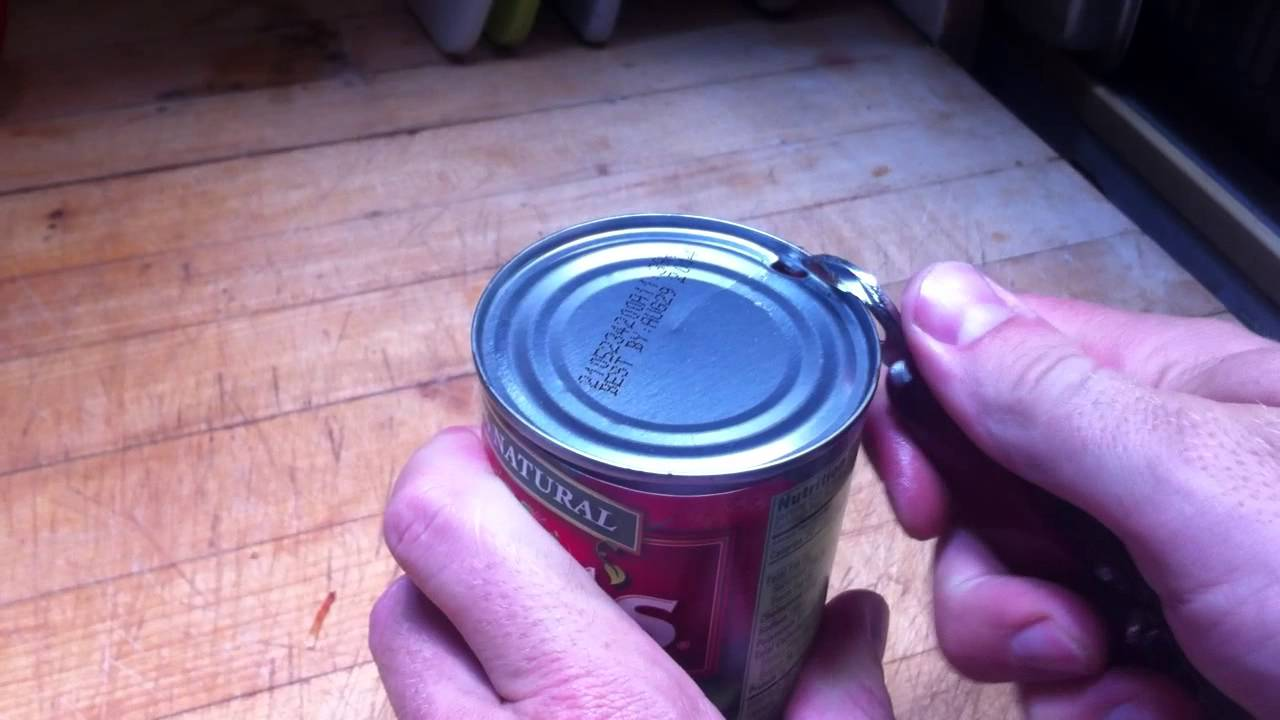 how to use an old school can opener youtube rh youtube com Manual Can Openers That Work Manual Can Opener for Camping