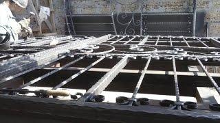 Распашные кованые ворота, изготовление и монтаж в Херсоне.(Если необходимы автоматические ворота в Херсоне и области, то можете смело обращаться к нам. Мы предлагаем..., 2014-12-15T11:46:11.000Z)