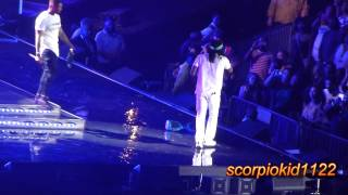 Usher & Wale - The Matrimony (Essence Music Festival 2015)