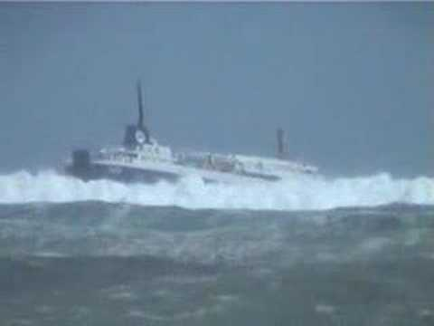 Straits Shipping Suilven In Heavy Seas Youtube