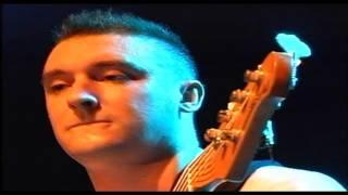 GUGUN BLUES SHELTER - JANGAN BERKATA DALAM HATI - LIVE - HD