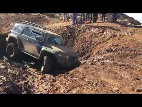 Toyota FJ Cruiser - Extreme Mudding