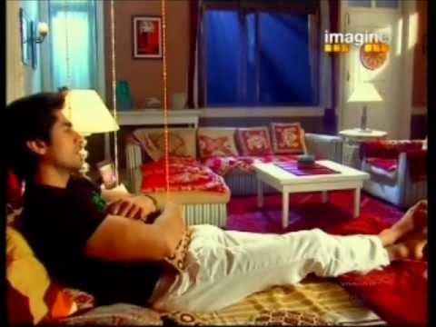 MohUr Scene # 2: 16th January 2012 *Mohan Shares Kastur's Punishment*