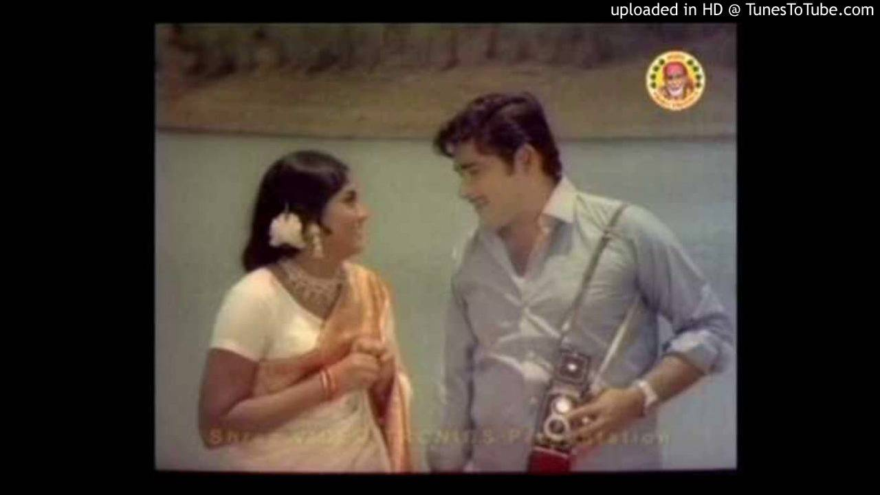 ezhilam pala poothu malayalam song