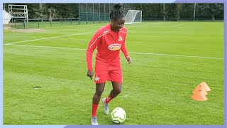 ✂ NEW TRICK with Eunice & Bella | Skills?Sorted Ep 2 ⚽️