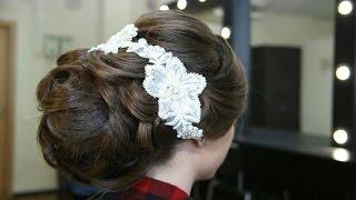 Свадебная прическа с фатой на темный волос