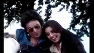 Tere Chehre Se Nazar Nahin Hatati  -  Kabhi Kabhi (1976)
