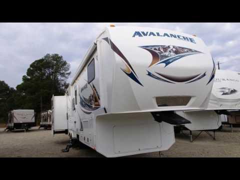 Used 2012 Keystone RV Avalanche 341TG For Sale in Athens, Texas near Tyler, Houston & Dallas, TX
