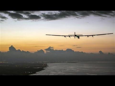 Solar Plane Suspends Journey in Hawaii Until 2016