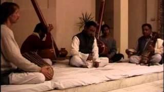 Sarangi Tanpura Gendang India - Stafaband