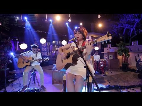 D'Cinnamons - Kisah Kasih di Sekolah (Chrisye Cover) (Live at Music Everywhere) * *