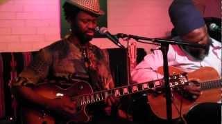 Corey Harris & Moh Kouyaté - Catfish Blues (Robert Petway)