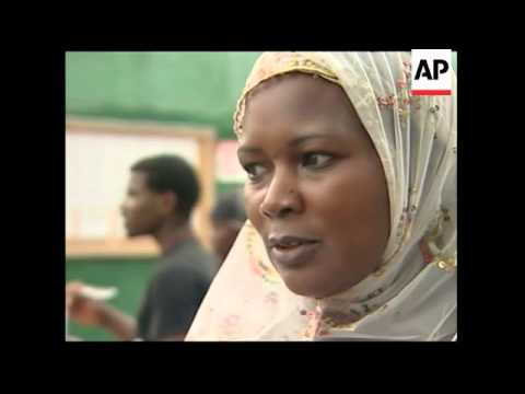 Darfur activists rally in support of Bashir