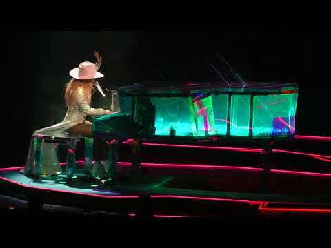 Lady Gaga - Million Reasons (Wells Fargo Center) Philadelphia,Pa 9.10.17