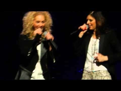 Little Big Town - Kimberly's first time double fisting - Target Center thumbnail