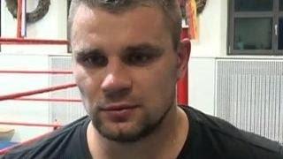 Российский боксер Денис Бойцов найден без сознания в берлинском метро
