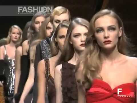 "Fashion Show ""Valentino"" Autumn Winter 2007 2008 Pret a Porter Paris 4 of 4 by Fashion Channel"
