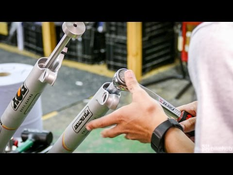 A basic mountain bike fork service