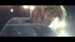 Jackson Maine - Black Eyes - Bradley Cooper Jamming! - A Star is Born Opening Scene