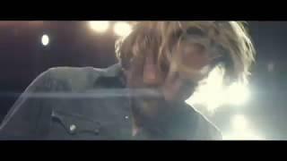 Jackson Maine - Black Eyes - Bradley Cooper Jamming! - A Star is Born Opening Scene Video