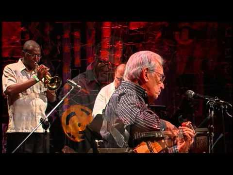 Carlos Lyra | ...E Era Copacabana (Carlos Lyra e Joyce) | Instrumental SESC Brasil