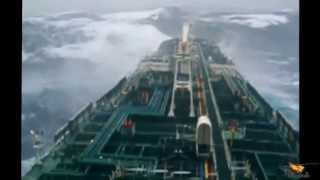 TOP 6 - SHIPS IN STORM - INCREDIBLE VIDEO
