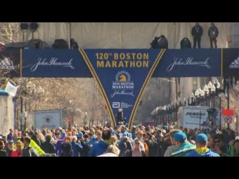 Heavy security in Boston as 2016 marathon begins