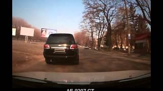 Днепродзержинск.АЕ 0207 СТ -быдло на крузаке с спецсигналом апрель 2013